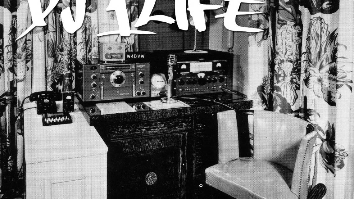 Radio-003