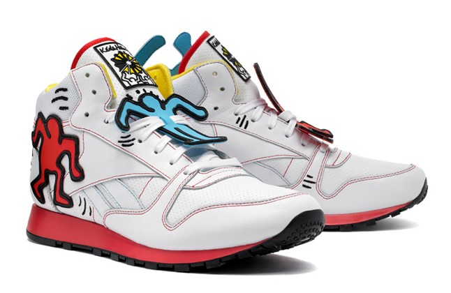 reebok-keith-haring-classic-leather-mid-lux-angle-1