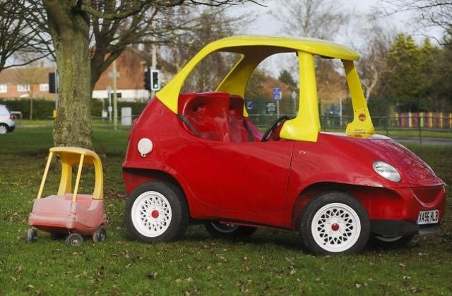 adult-size-little-tikes-car-2