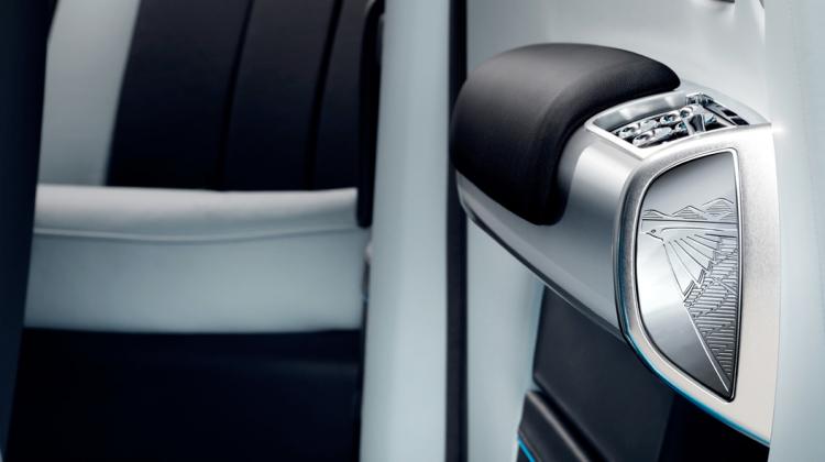 Rolls-Royce Phantom Drophead Coupe Waterspeed 7