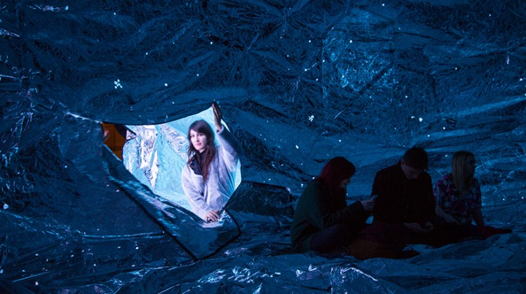 loop.ph-constructs-the-cosmos-within-inflatable-infinity-space-designboom-05