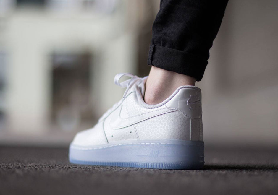 air force one white low